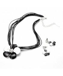 Ensemble trèfles pendentifs et boucles d'oreilles