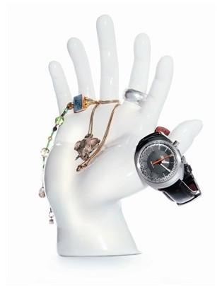 Main 6 doigts porte bijoux
